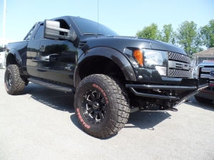 Ford Raptor Bodylift 35x12,50 R 17 Reifen